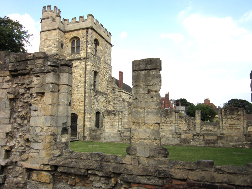 LINCOLN BISHOP'S PALACE