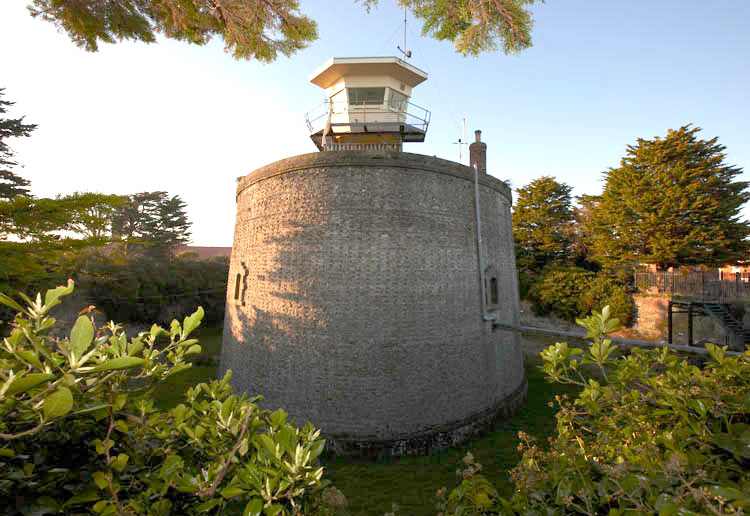 Martello Tower F photo Ian Giles