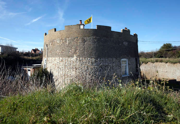 Martello Tower Q photo Ian Giles