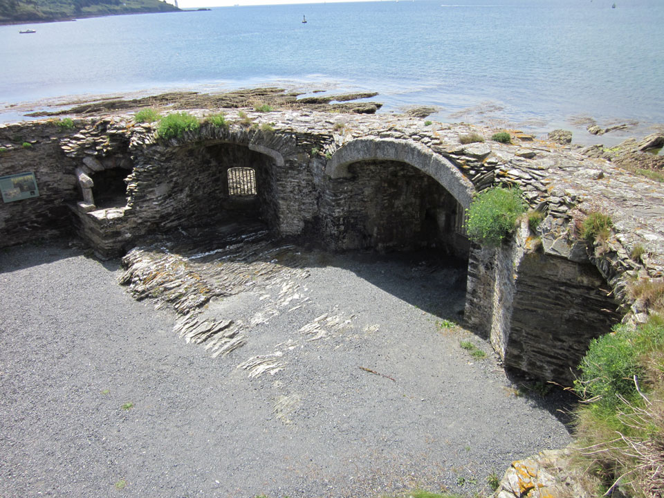 St Mawes Blockhouse photo Charles Taylor
